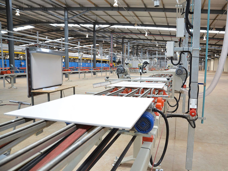 Indústria cerâmica - Áreas de Atuação - WOLFER - Automação