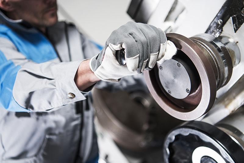 Indústria metal mecânica - Áreas de Atuação - WOLFER - Automação