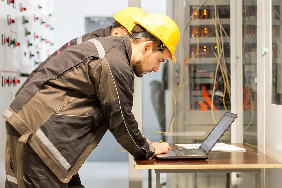 Projetos e consultoria em energia - WOLFER - Automação